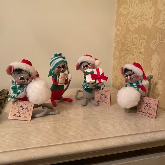 Vintage Collection of Annalee Christmas Mice